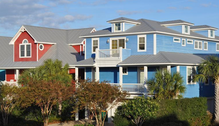 homes in seawatch are very colorful and fun